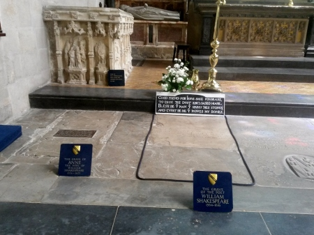 Shakespeare's Grave next to his wife; Anne's