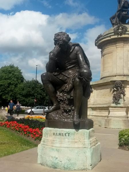 Statue of Hamlet